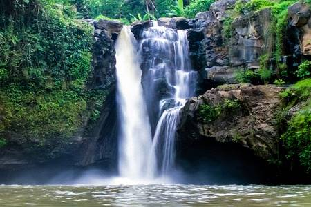 Tegenungan-Waterfall-Bali-Waterfalls